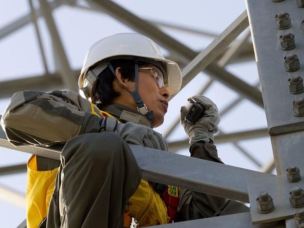 Worker-using-TETRA-radio_1000x750.jpg