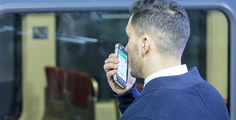 Man uses Tactilon Agnet in metro environment
