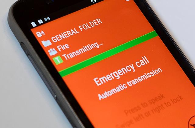 Emergency-call-in-push-to-talk-app-640x420