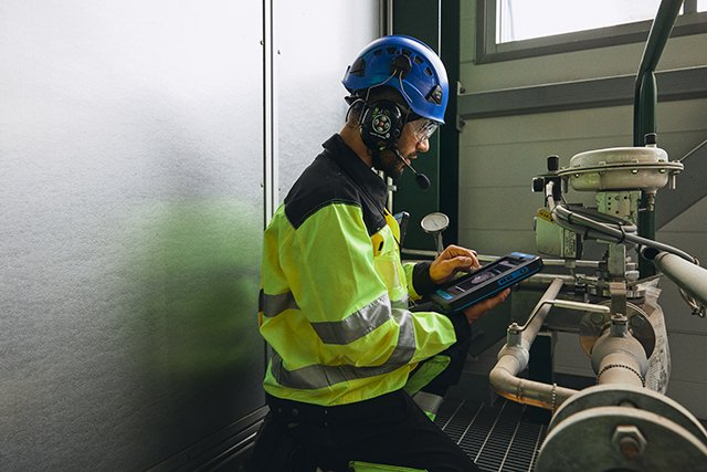 What is the surprising benefit from Industry 4.0 for enterprises?