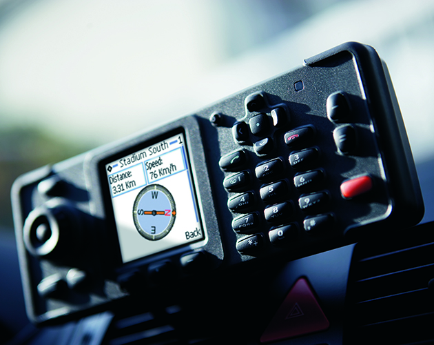 TMR880i mobile radio set up in a vehicle