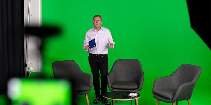Igor Vinogradoff hosting an Experts on critical push-to-talk webinar episode
