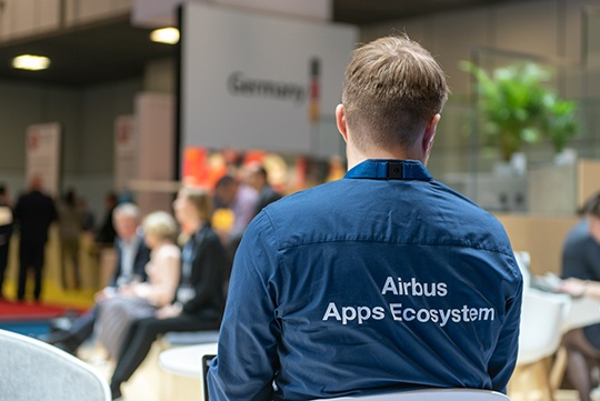 Apps-ecosystem-shirt-CCW2018_DSC_3924-640px-wide