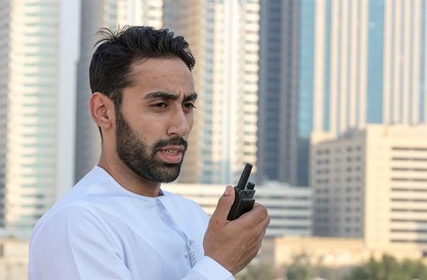 Security-person-uses-Tactilon-Dabat-in-Dubai-640x420
