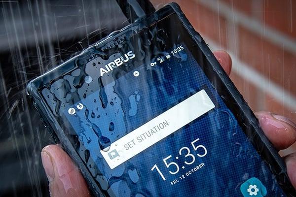 Tactilon-Dabat-in-the-rain-640x420