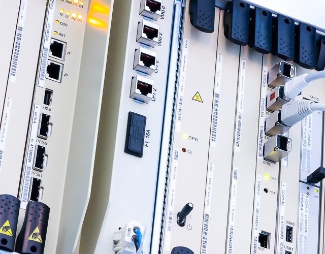 DXT3p TETRA switch