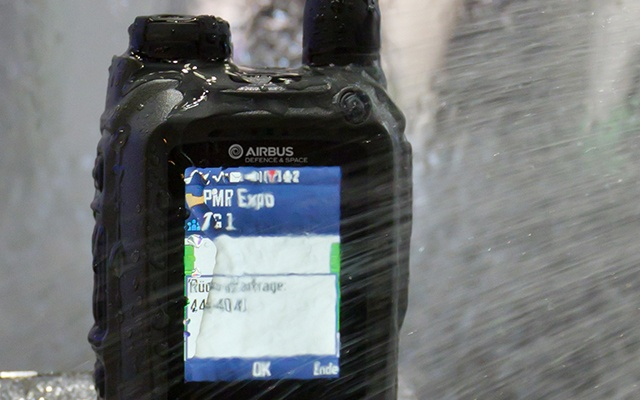 THR9i TETRA radio IP65 classified withstands jets of water