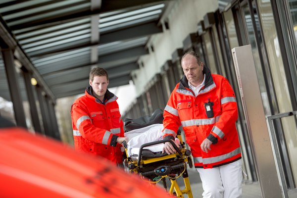 medium_Paramedics_Germany_20120413_201208_5