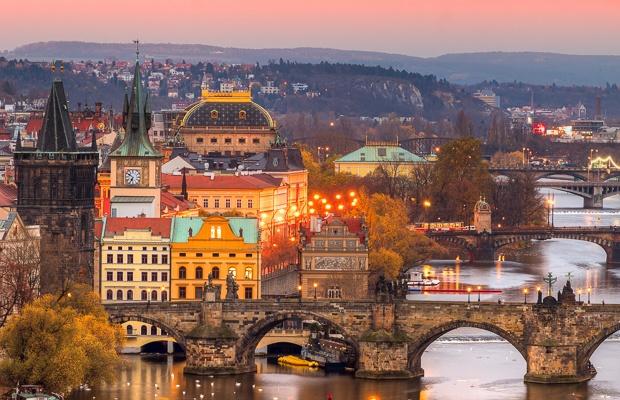 iStock_513987988_Prague